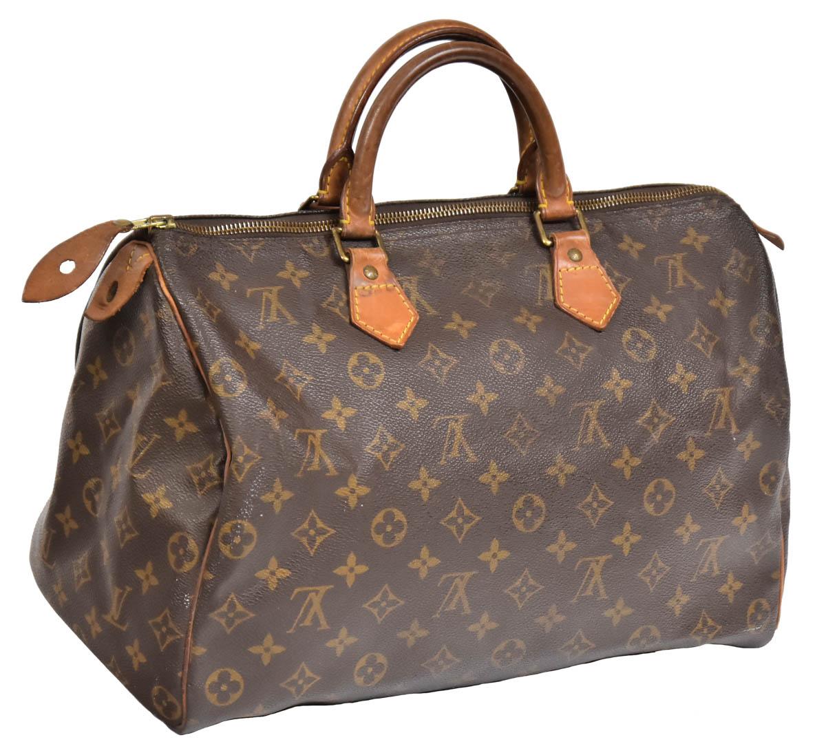 50c8d2f9d LOUIS VUITTON - FRANÇA. Bolsa feminina de mão no padrão