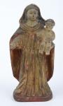 NOSSA SENHORA DO ROSÁRIO. Imagem em madeira policromada. Alt.: 16cm. Bahia - séc. XVIII/XIX. (Faltam alguns dedos da mão direita).