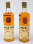 """Dois Whiskies de coleção escoceses da marca """"Mackinlay's""""."""
