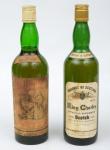"""Dois Whiskies de coleção escoceses das marcas """"Ye Monks"""" e """"King Charles Especial Reserve""""."""