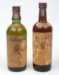 """Dois raros Whiskies de coleção escoceses da marca """"Ballantine's"""" (30 e 17anos)."""